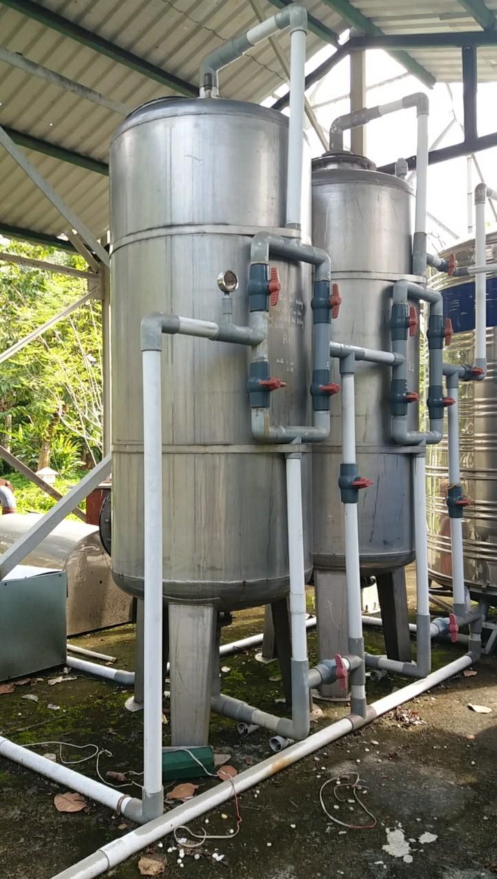 bộ lọc nước phèn ở khu công nghiệp Lê Minh Xuân , huyện Bình chánh